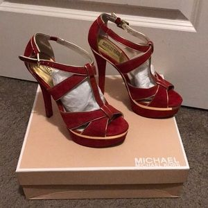 Michael Kors Gideon T Strap Red Sandals